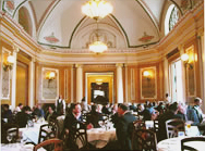 photo of main dining room in BSmith's in Union Station